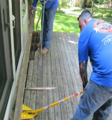 Green Guys Junk Removal provides deck removal in venice fl